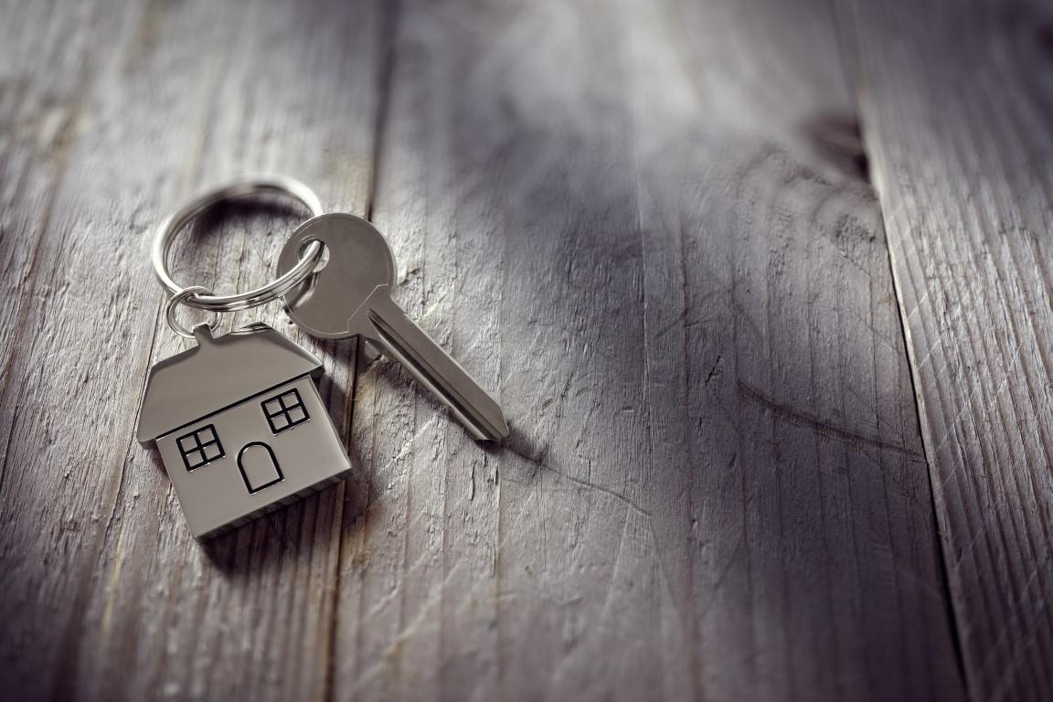 Sprzedaż mieszkania a udostępnienie kluczy do mieszkania przed podpisaniem umowy przyrzeczonej sprzedaży.