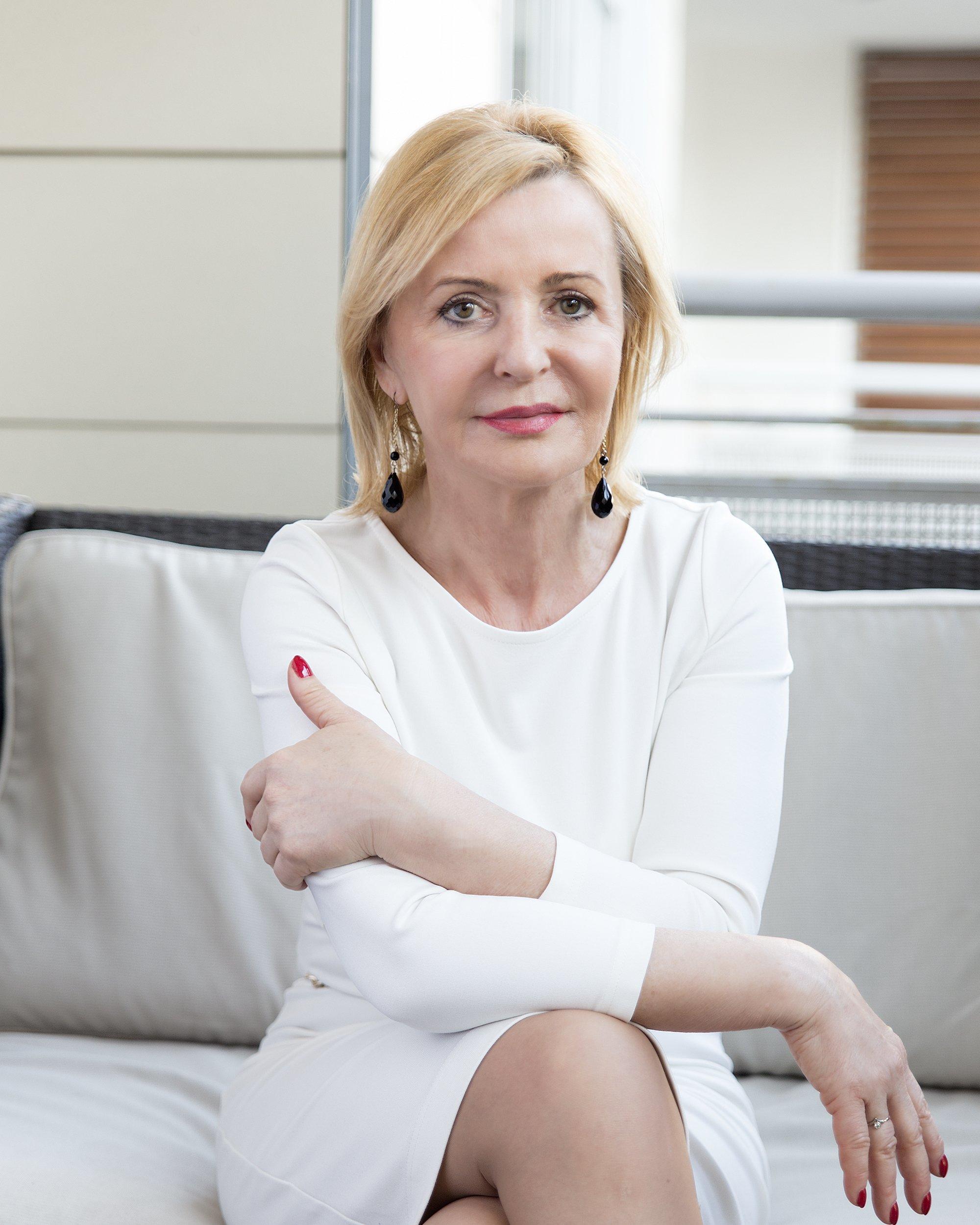 Agent miesiąca - Ewa Hołopiak